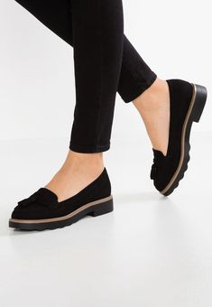 8f49c31e46e Schoenen New Look JUNKY - Instappers - black Zwart: € 29,95 Bij Zalando