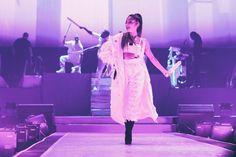 sometimes ariana grande tour Cat Valentine, Nickelodeon Victorious, Ariana Grande Dangerous Woman Tour, Bae, Ariana Tour, Broadway, Ariana Grande Cute, Ariana Grande Wallpaper, Hollywood