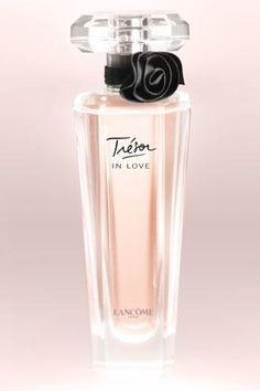 Tresor (In Love) Beautiful Bottle & Light Flower Scent~~~