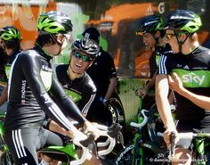 2011 TdF - Team Sky by DancingOnThePedals.net, via Flickr