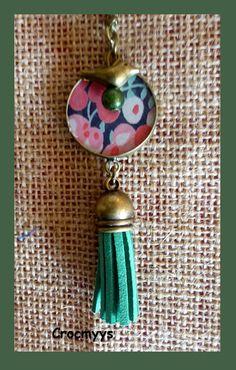Sautoir rétro liberty wiltshire rouge et vert : Collier par crocmyys
