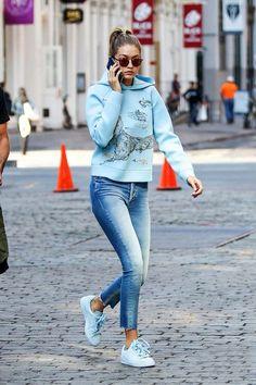 Image via We Heart It #fashion #girl #hair #jeans #JoeJonas #model #outfit #style #kendalljenner #ootd #gigihadid #bellahadid