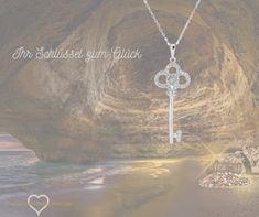 Dies ist ihr Schlüssel zum Glück. Ein Symbol für Glück und neue Chancen. Zeigen Sie mit mit dieser Kette wer Sie sind und was Ihnen wichtig ist. Swarovski, Diamond, Jewelry, Neck Chain, Silver, Jewlery, Jewerly, Schmuck, Diamonds