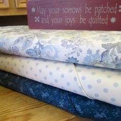 Snowbird (Laundry Basket Quilts for Moda) : use just the traditional prints or…