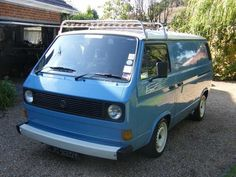 All about the VW / Bus. Regular updates sharing from around the world, including the Campervan, Caravelle, Syncro and Pickup Volkswagen vans. Vw Bus T3, T3 Camper, Volkswagen Bus, Transporter T3, Volkswagen Transporter, T3 Doka, Vw Lt, Vw Vanagon, Vw Group