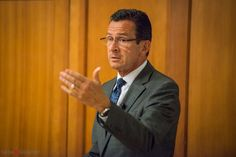 On Monday, September 29th, 2014, I was given the great opportunity to photograph Governor Dannel P. Malloy's visit to Eagle Hill-Southport School (EHS). He gave a speech and shared with parents, students and community members his struggles overcoming learning disabilities. #eventphotography #stamfordeventphotographer #governormalloy #CT Photos by Natasha ©Tashography