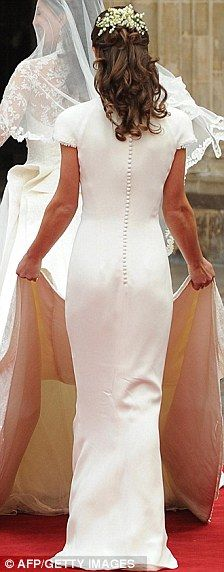 Pippa Middleton in Alexander McQueen at the Royal Wedding of Catherine Middleton to Prince William of Wales. Celebrity Wedding Rings, Celebrity Weddings, Pippas Wedding, Wedding Dresses, Wedding Wall, Perfect Wedding, Wedding Stuff, Wedding Ideas, Bridesmaid Flowers