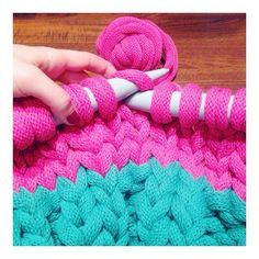#maxiknit  #oopsloops #knittingmachine #knittingproject #knit #knitting #knitwear  (en tejelandia)