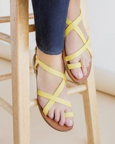Kennedi -  Strappy flats (more colors)