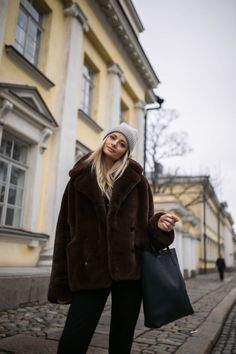 I was made for lovin' you baby Beanie, Hat, Winter Wear, Ootd Fashion, Winter Fashion, Fur Coat, Lifestyle, Elegant, How To Wear