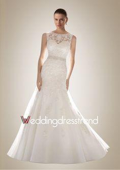 Hot Scoop V-Back Sweep Train Lace Wedding Dress