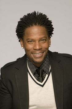 D.L. Hughley...I really like this look....can someone tell me how to get it....please & thank you