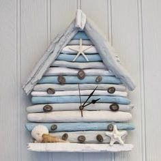 Driftwood Beach Hut Clock by Driftwood Dreaming beach, Sea Crafts, Seashell Crafts, Nature Crafts, Home Crafts, Diy And Crafts, Driftwood Furniture, Driftwood Projects, Diy Projects, Furniture Projects