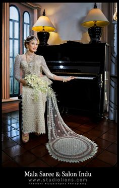 Sari Wedding Dresses, Bridal Sari, Elegant Wedding Dress, Saree Wedding, Designer Wedding Dresses, Wedding Attire, Indian Bridal, Bridal Dresses, Wedding Gowns
