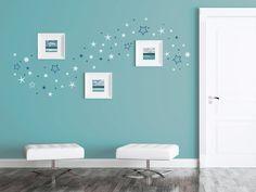 Wandtattoos mit Bilderrahmen kombinieren – Ideen und Tipps. Wandtattoo Sternenhimmel mit quadratischen Fotorahmen