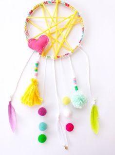 Unicorn Crafts - Creative Crafts To Sell Awesome - Useful Sewing Crafts Thrift Stores - Fall Thanksgiving Crafts For Kids - Christmas Crafts Videos For Gifts For Men - Thanksgiving Crafts For Kids, Fun Crafts For Kids, Diy For Kids, Arts And Crafts, Diy Crafts, Bead Crafts, Paper Crafts, Diy Dream Catcher For Kids, Dream Catcher Boho