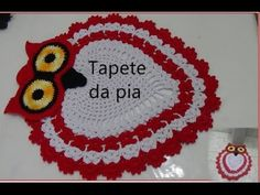JOGO DE BANHEIRO-CORUJA DORMINHOCA (TAPETE PIA) - YouTube Diy Crochet Owl, Crochet Baby, Knit Crochet, Crochet Square Patterns, Crochet Designs, Set Cover, Crochet Kitchen, Crochet Videos, Floor Rugs