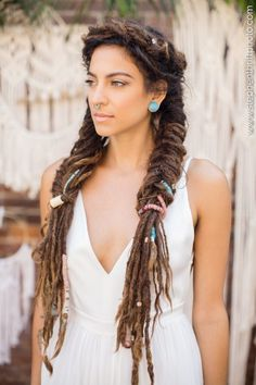 A deep root cleansing soak made with a great mixture of natural salts and your choice of essential oil blends. This will leave your scalp and hair feeling airy and fresh, Healthy and purified. Dreadlock Wedding Hairstyles, Bohemian Hairstyles, Dreadlock Hairstyles, Bride Hairstyles, Updo Hairstyle, Hairstyle Ideas, Wedding Hair Half, Bohemian Wedding Hair, Boho Chique