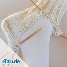 Baby Knitting Patterns Slippers Knitting socks – the heel – simple DIY instructions – Talu. Baby Knitting Patterns, Knitting Socks, Free Knitting, Knit Socks, Crochet Baby, Knit Crochet, Knitted Baby, Free Crochet, Tricot Facile
