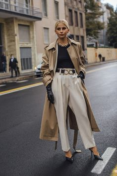 Как сочетать самые модные вещи осени | Журнал Harper's Bazaar Milan Fashion Week Street Style, Spring Street Style, Milan Fashion Weeks, Cool Street Fashion, Street Style Looks, Uk Fashion, Fashion Photo, Spring Fashion, Womens Fashion