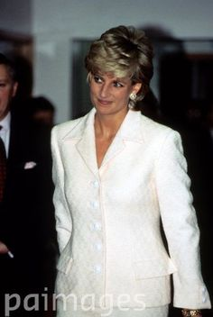 March 6, 1996: Diana, Princess of Wales at the National Hospital for Neurology and Neurosurgery in central London. It is the first official engagement the princess has attended since she agreed to a divorce from her husband.: