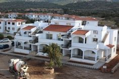 Lägenhet i Kyrenia, North Cyprus North Cyprus, Mansions, House Styles, Apartments, Bedrooms, Home Decor, Decoration Home, Room Decor, Villas