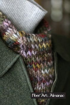 This is a one skein scarf pattern that uses chunky hand dyed alpaca. Super soft with muted colors, it fits right into the top of a coat collar without lots of extra bulk.