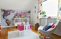 This is a super cool way to decorate a baby's room:)