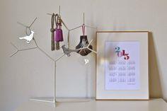 Este es un #calendario #imprimible #gratis que nos encanta. El diseño es de @LAUsNOTEbook. #printable #planner #goals #design #imprimible