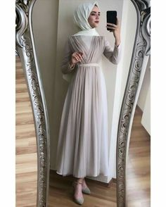 ✔ Fashion Dresses Party Muslim Source by maziyya – Hijab Fashion 2020 Hijab Prom Dress, Hijab Evening Dress, Hijab Style Dress, Muslim Dress, Dress Outfits, Fashion Dresses, Dresses Dresses, Dress Muslim Modern, Fashion Mode