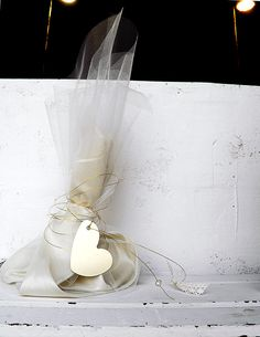 Simply elegant wedding inspiration by Ekubo - Love4Weddings