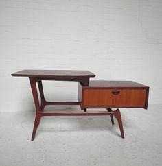 Webe tafel kast Louis van Teeffelen side table