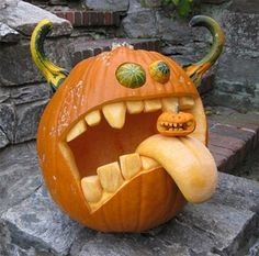 This is a cool pumpkin! This person was committed!  Fall ideas, pumpkin carving, Jack-o-lantern