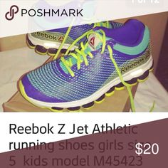 36d26cc1317db Reebok Z-Jet kids Girls size 5 Z-jet sneakers lightly worn Reebok Shoes  Athletic Shoes