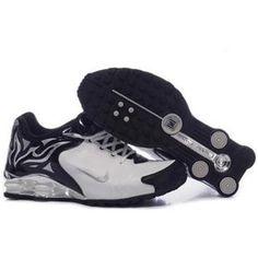 104265 047 Nike Shox R4 White Black J09100 Air Jordan 67ff64d29