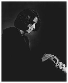Joan Baez photographed by Yousuf Karsh.