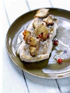 BEREIDINGSnij de visfilet in 4 gelijke stukken (of vraag je visboer erom). Schil de gember: rasp het ene stuk en snij het andere stuk in plakjes. Sn...
