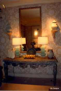 Amazing table and lamps
