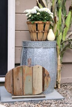 Outdoor Fall Decorating Ideas by Finding Home Farms