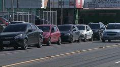 Consumidor deve denunciar preço abusivo dos combustíveis, diz Procon +http://brml.co/1DrCNK8