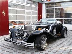 Wow, just wow. Very special car. -- Oldtimer, Excalibur, Benzin