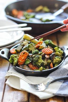 Want your favorite Japanese steakhouse hibachi vegetables at home? Cook up this quick and easy 20 minute recipe!