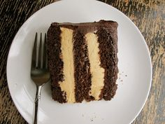 peanut-butter-mousse-chocolate-cake