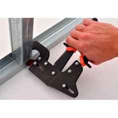 While steel studs are mostly associated with commercial construction, this type of building is growing in popularity for residential homes and is the most common type used in many parts of the world.