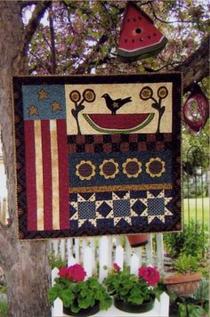 Quilt Pattern: A Slice of Summer - reminders of summer Primitive Pillows, Primitive Quilts, Antique Quilts, Patriotic Quilts, Patriotic Crafts, Patriotic Decorations, Blue Quilts, Small Quilts, Mini Quilts