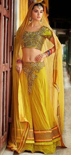 Shop online bollywood celebrity hot pink designer lehenga choli with matching choli fabric and dupatta. This designer lehenga choli is prettified with exclusive . Wedding Chaniya Choli, Ghagra Choli, Bridal Lehenga Choli, Choli Dress, Lehenga Choli Online, Lehenga Saree, Indiana, Yellow Lehenga, Lehenga Collection