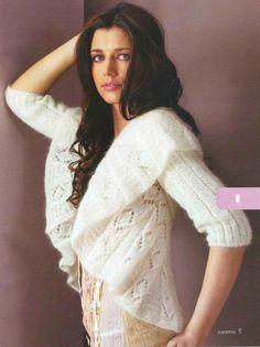 White Jacket free knitting graph pattern