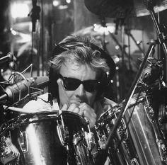 Roger Taylor I love you 💕 John Deacon, Adam Lambert, Freddie Mercury, Queen Brian May, Roger Taylor Queen, Queen Pictures, Great Bands, Singer, Music