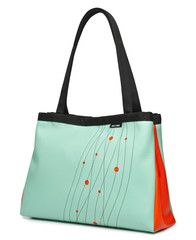 splash of color to wear with my black :)  Turbo (Paspartou) - Large Snap Side Tote