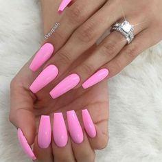 My nails, long nails, pink summer nails, pink bling nails, acrylic nail Pink Summer Nails, Nails Yellow, Light Pink Nails, Black Nails, Acrylic Summer Nails Coffin, Pastel Pink Nails, Summer Nails 2018, Hot Pink Nails, Pink Toes